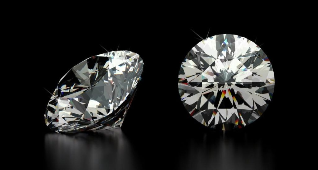 Top face and side view of a round cut diamond